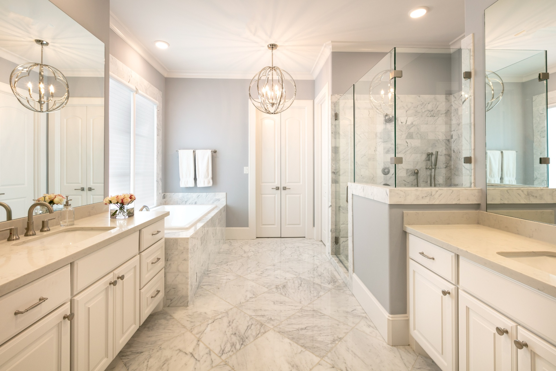 Braes Heights Transitional - Bathroom - BuildFBG